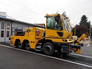 TERBERG / ZAGRO Zweiwegefahrzeug RR282 6x4.